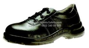 KJ 404 X, Sepatu Kings Pendek Bertali
