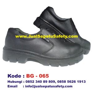 BG-065, Safety Shoes BOY GIE Pendek Tanpa Tali Grosir, HP.0852 340 89 809