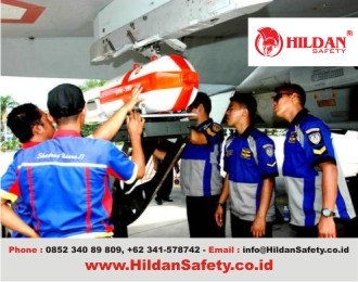 Pakaian kerja safety teknisi maskapai penerbangan hanggar pesawat by
