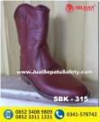 SBK 313 – Pengrajin Sepatu Berkuda SURABAYA