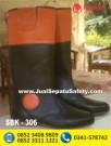 SBK 306 – Pusat Sepatu Berkuda JAKARTA