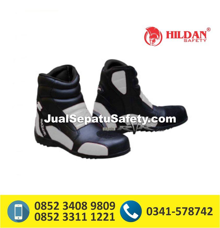 Sepatu RVR Razor - White
