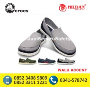 crocs walu accent