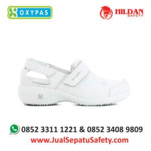 salma-wht-jual-sepatu-rumah-sakit