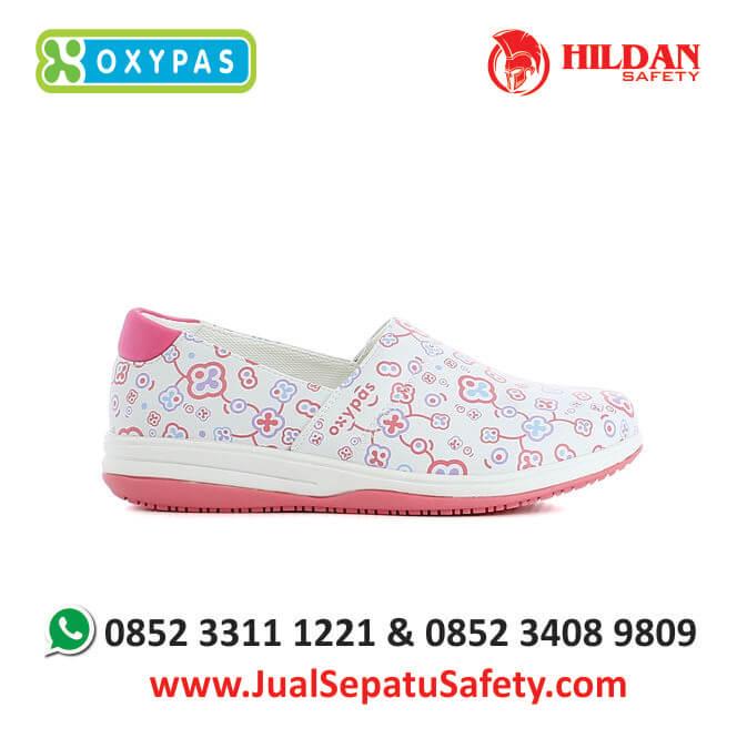 suzy-flr-jual-sepatu-perawat-medis-rumah-sakit